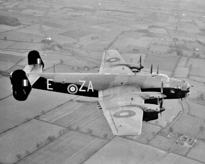 Handley Page Halifax4444