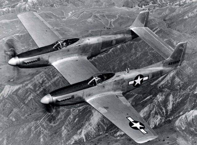 F82 twin mustangs