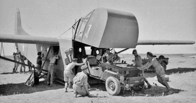 Waco CG-4b